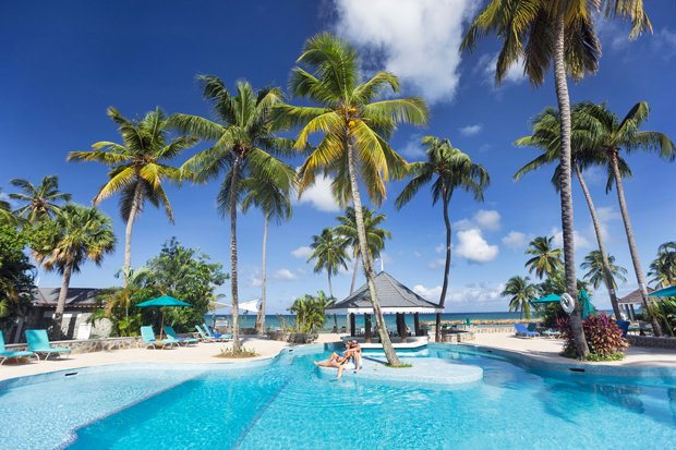 St. Lucia Awarded for Being a Honeymoon Destination